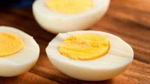 Ăn trứng luộc giảm cân hiệu quả